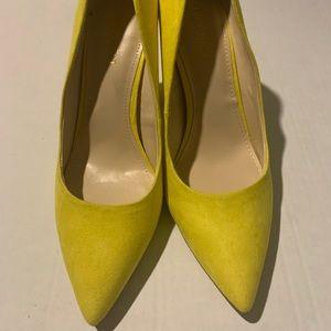 Nine West yellow Heels